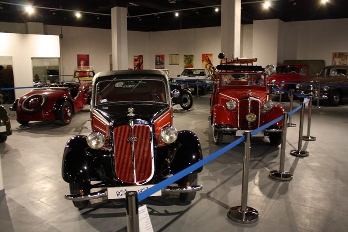 Автомобільний музей (Познань)